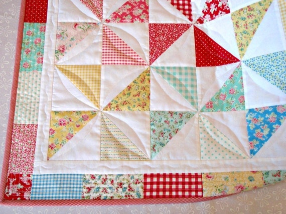 QUILT SUMMER Calico Prints PINWHEELS Cottage Chic Shabby Chic table runner