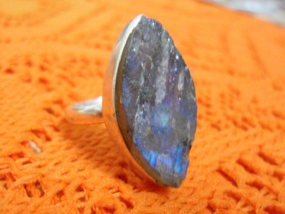 UNIQUE Sterling Silver stone Ring - Sterling silver jewelry - Handmade jewelry -  Nugget Labradorite ring