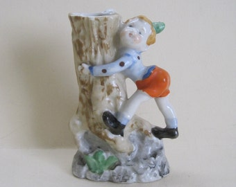Tree-Hugging Elf Bud Vase