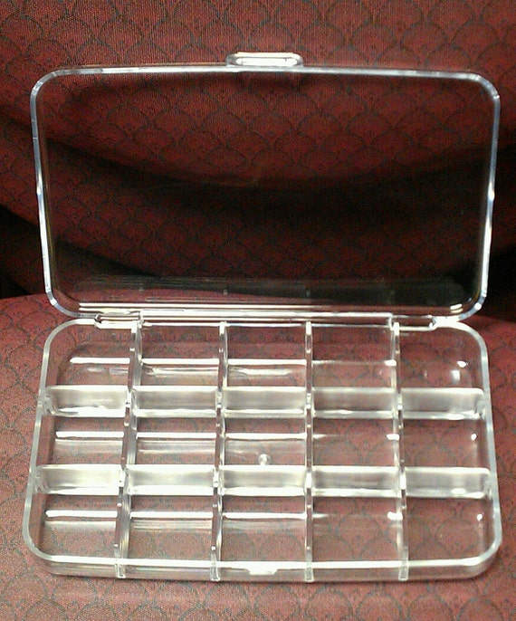 15 Compartment Clear Plastic Display Boxes - 87611DB