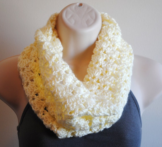 INVENTORY CLEARANCE-cream colored crochet cowl- free shipping