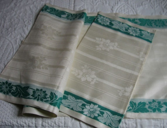 Reserved for Carla Vintage Damask Linen Green and Ivory Decorative Towels Set of Two from Emmetswyfe