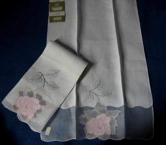 Vintage Madeira Rose Embroidered White Linen Guest Towels Pair with Original Labels Handmade in Madeira portugal