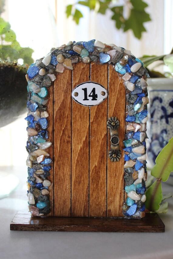 Miniature wood fairy hobbit door with blue shells for Diy fairy house door