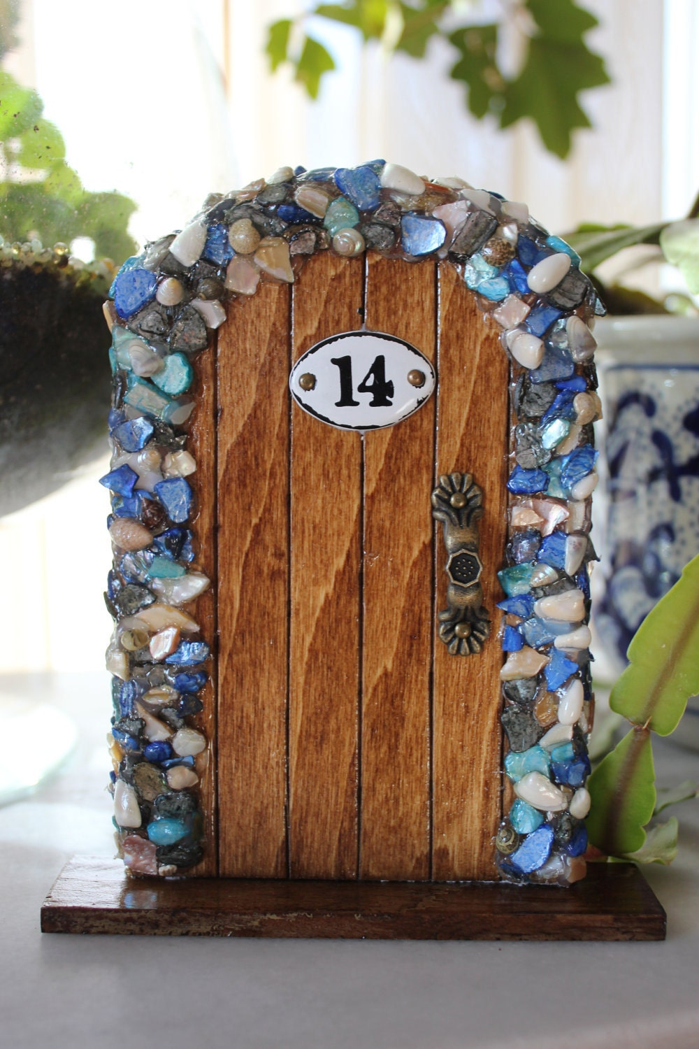 Miniature wood fairy hobbit door with blue shells for Mini fairy door