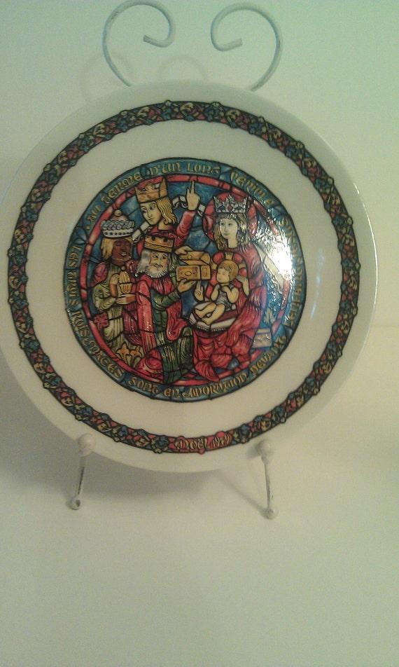 Christmas Plate by Henri D'Arceaul  Noel Vitrail  1977