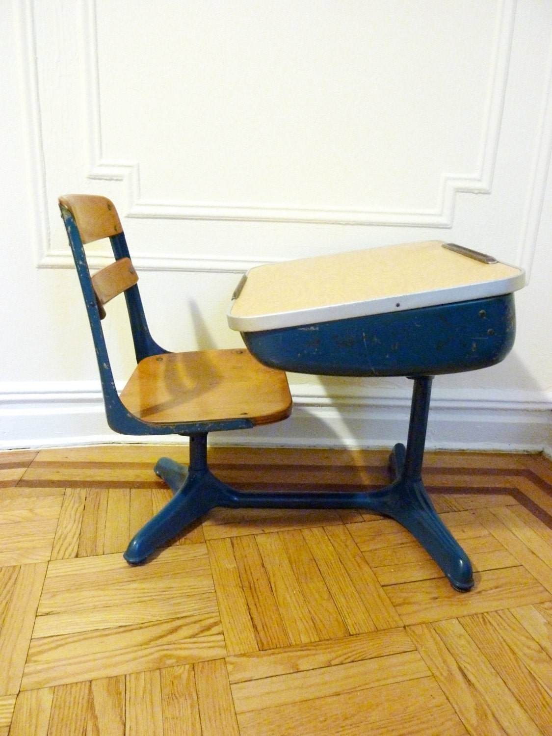 retro blue school desk and chair. Black Bedroom Furniture Sets. Home Design Ideas