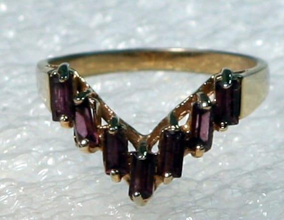 Vintage amethyst baggett gold tone ring size 8