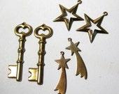 Brass Charms Shooting Stars Skeleton Keys Destash M201268