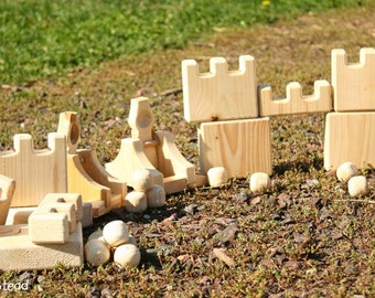 Catapult Launcher and Castles Natural Wooden Game Eco Friendly Play Set