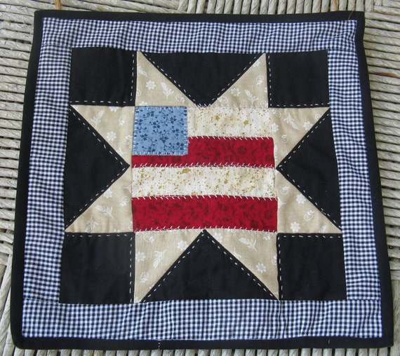 American Flag / Eight Point Star Hand Quilted Wall Hanging/Mug Rug