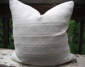 "Braemore Palmetto Oyster, 22"" Mattelasse Pillow Cover"