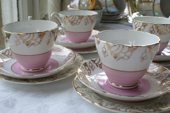 3RESERVED FOR BRIONY Pink and gold English fine bone china Trio