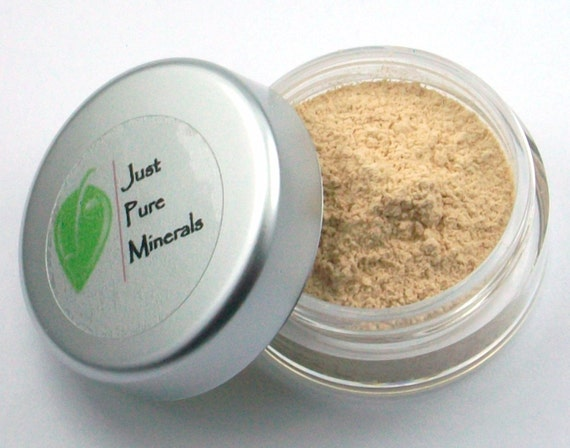 Universal Beige Vegan Eye Shadow - Cruelty Free Mineral Eye Shadow- 3g of product in a 10g sifter jar