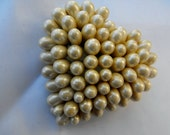 Large Heart Ivory Clustered Pearl Brooch Teardrop Pearls
