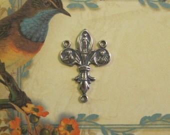 Sterling Silver Miraculous Madonna & Fleur de Lis Rosary Center