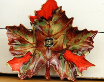 Vintage Fall Leaf Dish Autumn Leaf Art Dryden Drip Glaze Leaf Dish Wall Hanging Mint