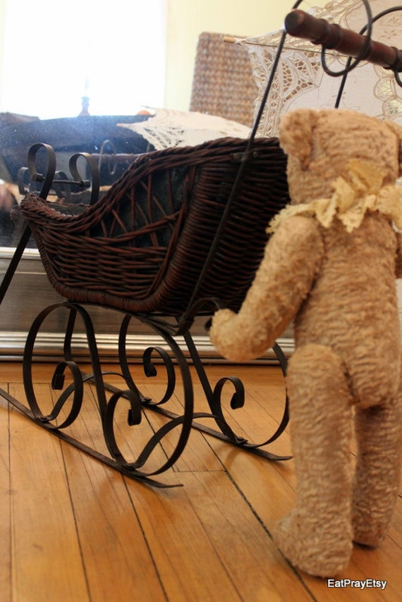 Vintage Wicker Wrought Iron Baby Doll Carriage or Sleigh Baby Carriage Baby Buggy