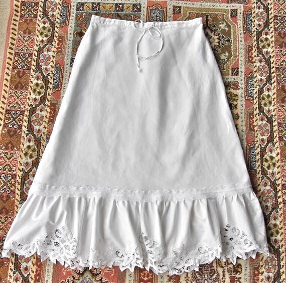Victorian Ruffled Skirt Vintage Inspiration Battenberg Lace  Ruffles