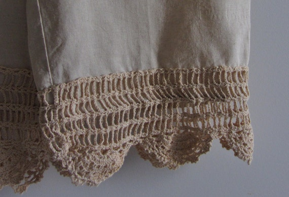 Tea Stained Linen Bloomers With Pockets And Crocheted Trim