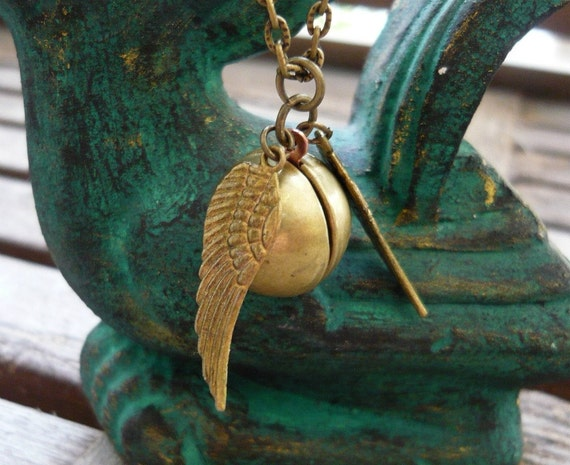 Harry Porter The Golden Snitch steampunk Ball Locket Necklace