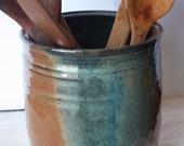Pottery Stoneware Utensil Vessel