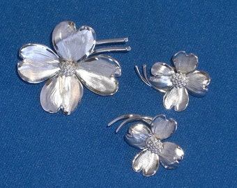 Brooch and Earrings - Dogwoods - Sterling Silver - Jewelry Set - Vintage