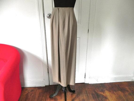 Vintage Beige Union Made Ralph Lauren 100% wool skirt size 4