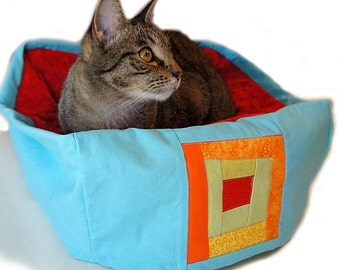 Quilt Block Pet Bed Sky Blue Small 12 Inch Square Slip-proof Base Dog Cat Couture Artistic Travel Collapsible Washable