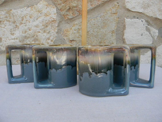 Vintage 1970s Rudolfo Padilla Mug Set with Stand  Blue Brown Mexico