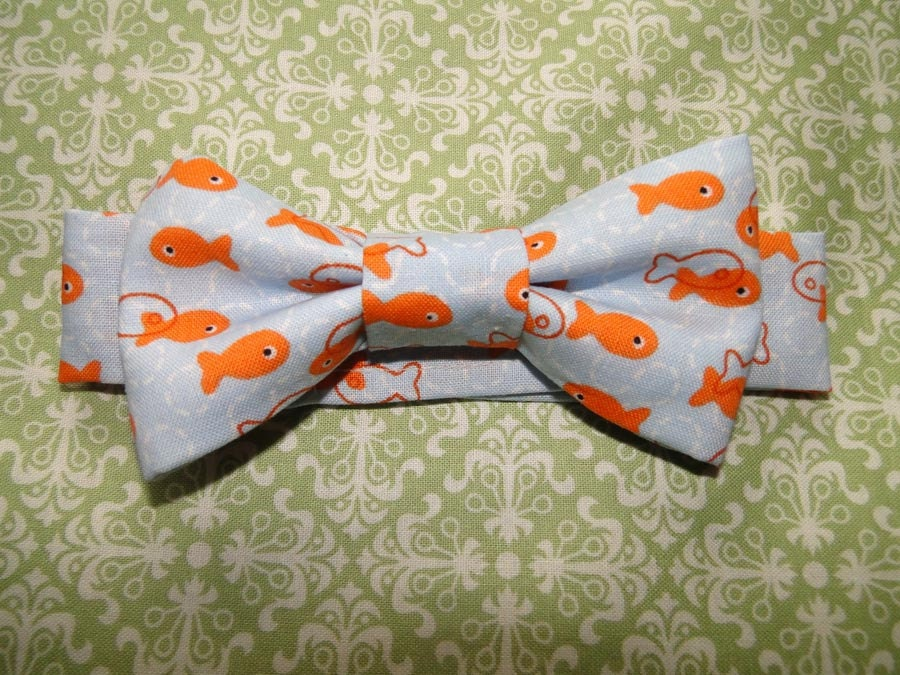 Go fish infant baby toddler bow tie great photo prop cute for Fish bow tie
