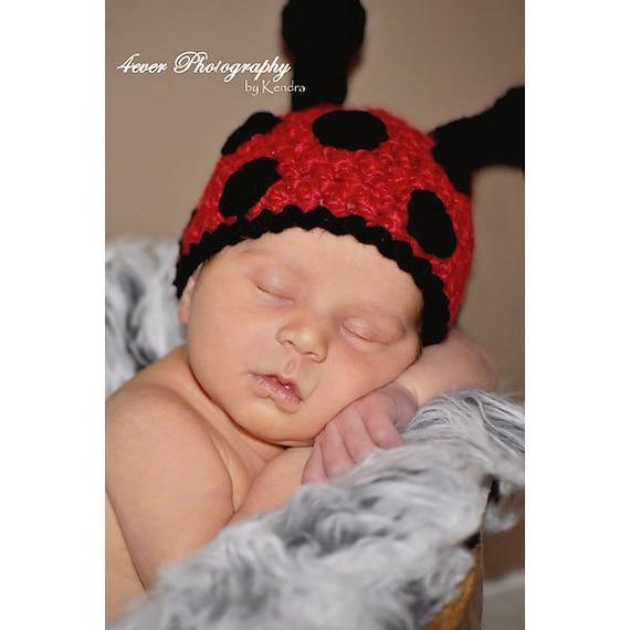 Little Ladybug Girls Crochet Hat 0-12 Months