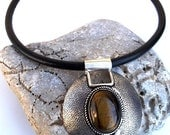 on sale : before 25USD ... leather choker eclipse