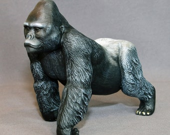 "Gorilla Bronze ""Silverback Gorilla"" King Kong Figurine Statue Sculpture Art / Limited Edition Signed & Numbered / INCREDIBLY DETAILED"