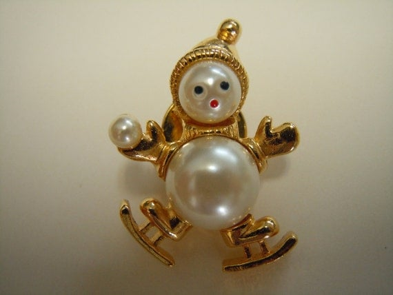 Reserve Listing For Paula Only Gold and Pearl Skater Snowman Brooch