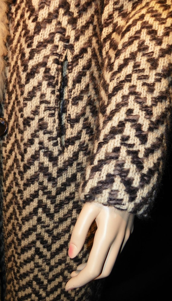 Wool Chevron Coat Ricemor Woven Zigzag with Real Shearling Neckline and Front Trim Sz M-L