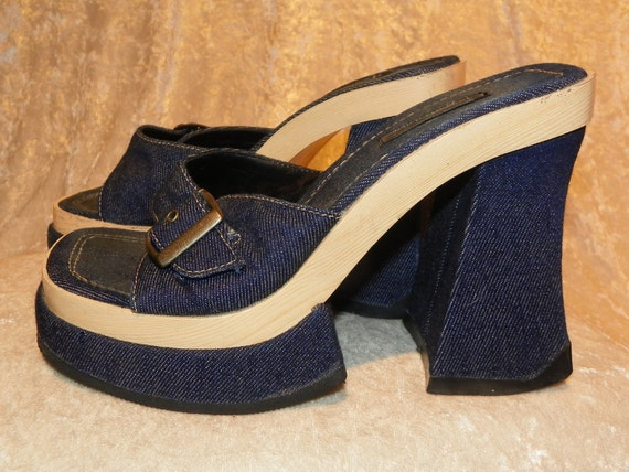 Shoes Sexy Denim Chunky Platforms with Buckle Top Summer Fun! Size 7