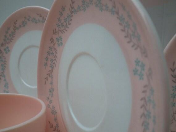 Melamine Dishes Watertown Lifetime Ware  Pink Floral Kitsch Retro Dinnerware