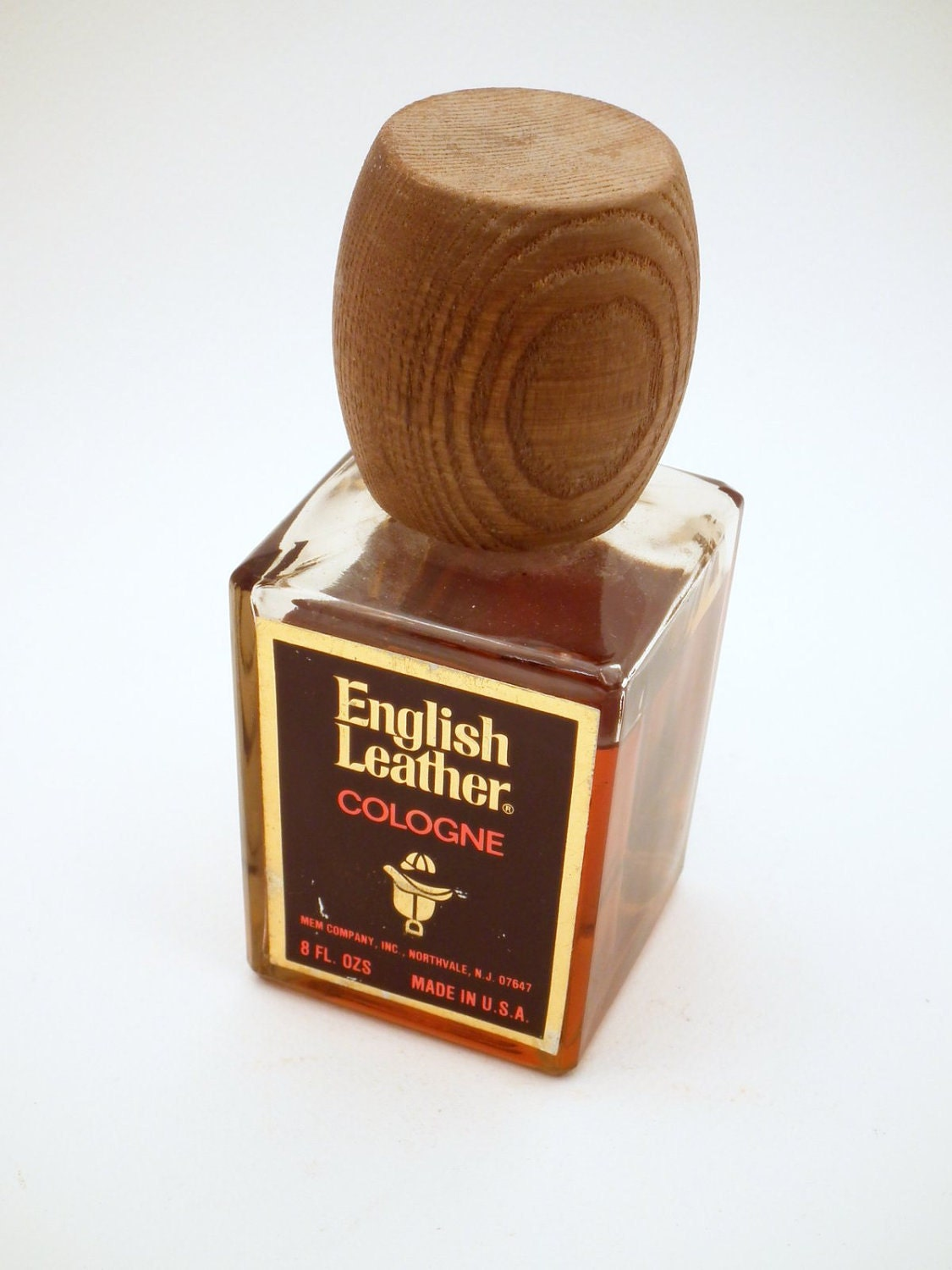 how to open english leather cologne