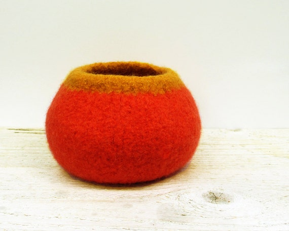 Orange Felted Bowl - Wool Bowl, Home Decor, Nursery, Desk Accessory, Fall, Autumn