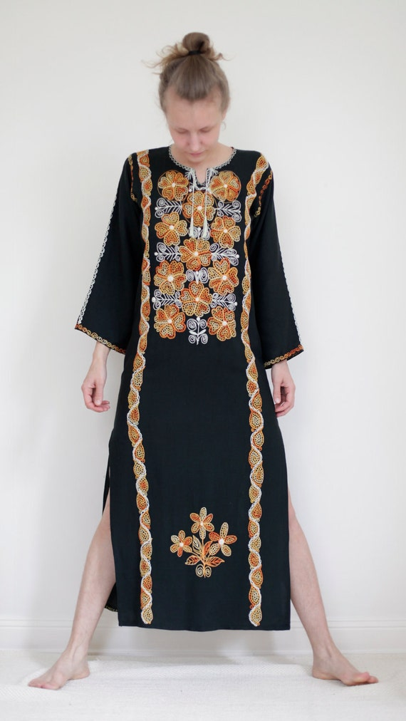 Black kaftan with beautiful white, yellow and tangerine embroidery and deep 53cm side slits