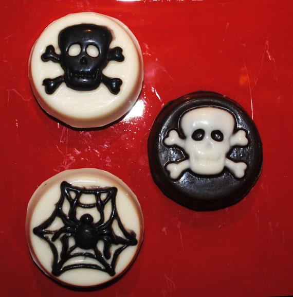 Spider Webs and Skull and Crossbones Covered Oreos