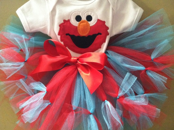 Gorgeous elmo tutu and shirt/onesie personalize (other colors available too, Elmo with birthday number
