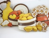1980s Syroco, Fruit and Flowers, Molded Plastic Plaque, Kitchen,Wall Hanging Set
