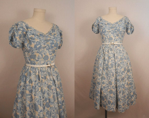 Vintage 1950s Dress / Pale Blue Rose Print Dress with Puffed Sleeves