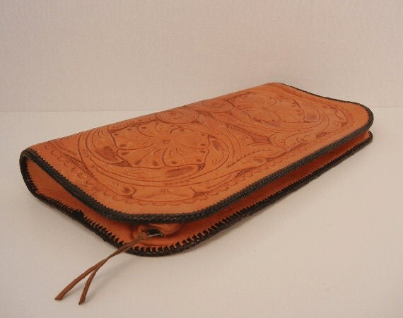 Vintage Tooled Leather Handbag Clutch / 1950s Hand Tooled Clutch Purse