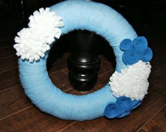 Winter Christmas Yarn Felt Flower Wreath