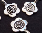 25 small antique silver plated flower charms 15mm x 11mm