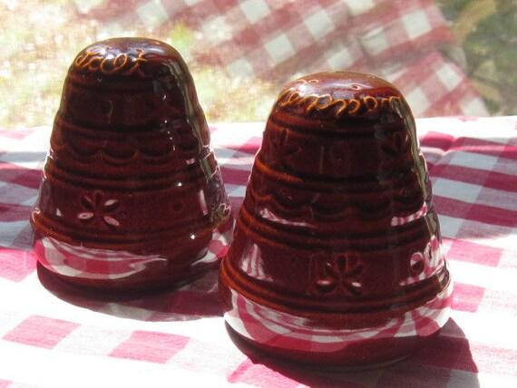 Mar-Crest Daisy and Dot Salt and Pepper Set