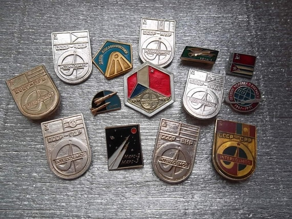 Set of 14 pin badges cosmos space theme. Interkosmos, Mars 1,2.  Russian astronaut and constructors. Soviet space program Made in the USSR.